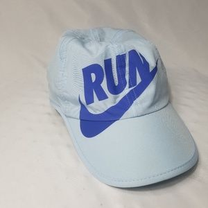 EUC Light Blue Nike Dri Fit Featherlight Hat
